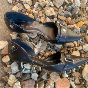 Antonio Melani black leather kitten heels